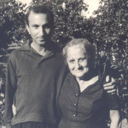 With his Mother, Leopoldina Coreia de Lacerda, Mozambique, 1963