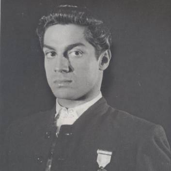 Inscribed photograph of Antonio, Lisbon, 1951