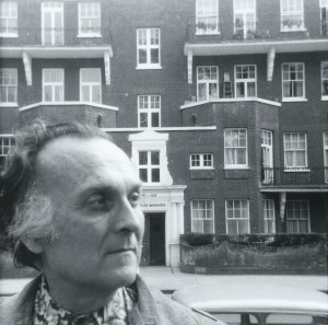Robert Duncan in front of Primrose Mansions, London, 1977